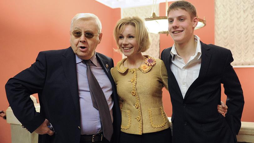 С супругой Мариной Зудиной и сыном Павлом