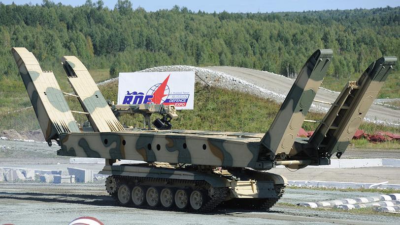 Танковый мостоукладчик МТУ-72