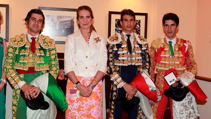 Испанская принцесса Елена с тореадорами Моранте де ла Пуэбла, Хосе Мария Мансанарес и Алехандро Талаванте