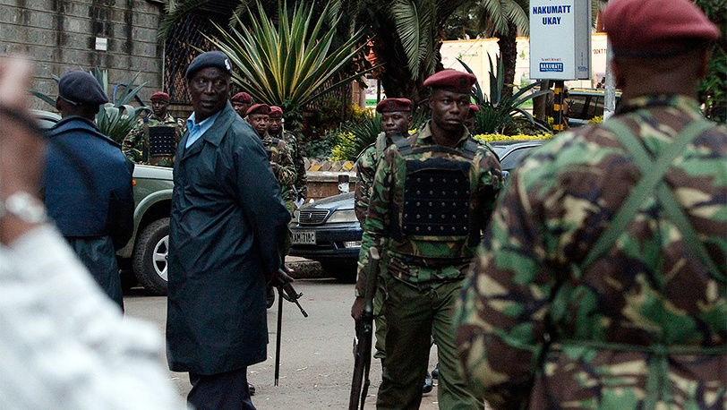 """Операция по освобождению заложников из торгового центра """"Уэстгейт"""". Фото EPA/DANIEL IRUNGU"""