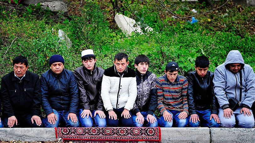Мусульманский праздник Курбан-байрам во Владивостоке. Фото ИТАР-ТАСС/ Юрий Смитюк
