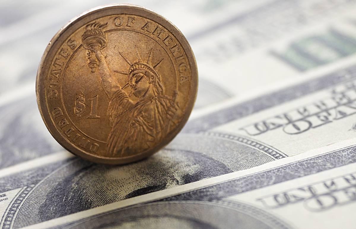 Калифорния может стать первым штатом, где МРОТ повысят до $15 в час