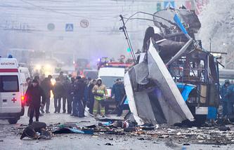 Место взрыва в троллейбусе номер 15 в Дзержинском районе Волгограда