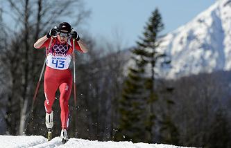Юстина Ковальчик участвует в гонке на 10 км классическим стилем