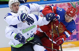 Валерий Ничушкин (справа)