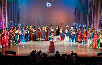 Финал конкурса красавиц Дангина на фестивале Алтаргана-2008
