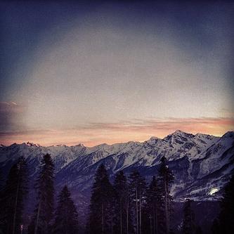 Французский биатлонист Мартен Фуркад чаще всего делится фотографиями рассветов и закатов в олимпийском Сочи