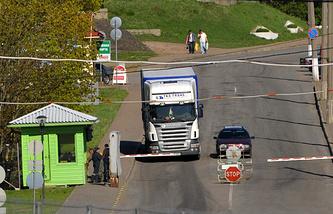 Контрольно-пропускной пункт на границе с Эстонией