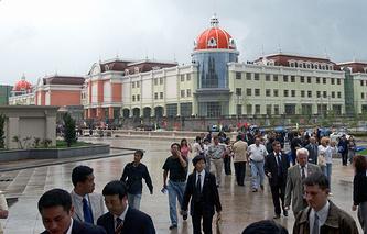 Торгово-выставочный центр «Пограничный – Суйфэньхэ» на границе России и Китая