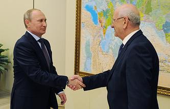 Президент России Владимир Путин и губернатор Оренбургской области Юрий Берг