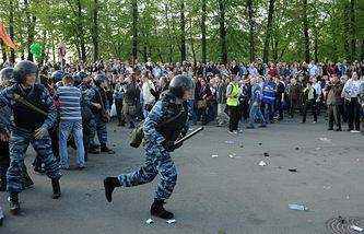Во время акции на Болотной площади в мае 2012 года
