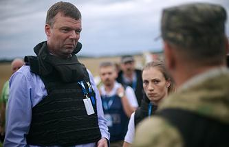 Представители миссии ОБСЕ на месте крушения Boeing 777