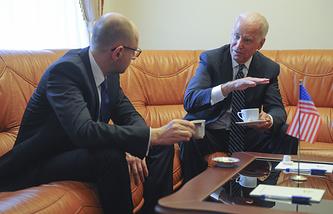 Арсений Яценюк и Джозеф Байден