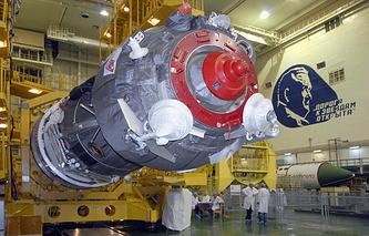 Специалисты РКК «Энергия» проводят заключительный этап подготовки к запуску ракеты космического назначения