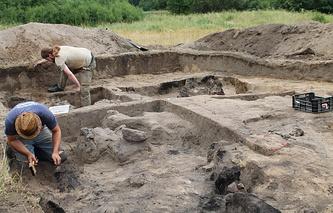 Раскопки близ города Барчево