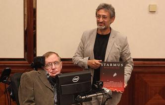 """Гарик Исраелян и Стивен Хокинг на представляют книгу """"Starmus: 50-летие первого полета человека в космос"""""""