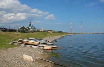 Озера Байкал в районе поселка Листвянка