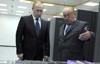 Президент РФ Владимир Путин и ректор МГУ им. М. В. Ломоносова Виктор Садовничий