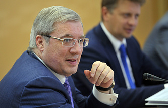 Губернатора Красноярского края Виктор Толоконский (на переднем плане)