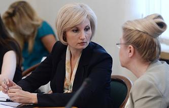Ольга Баталина и Елена Мизулина (слева направо)