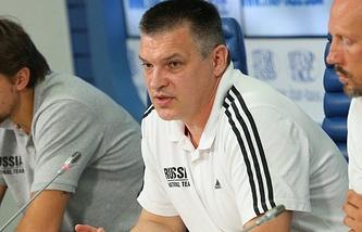 Евгений Пашутин