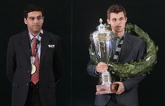 Магнус Карлсен (справа) и Вишванатан Ананд