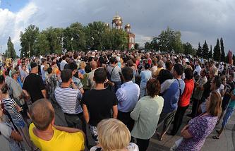 Народный сход в Пугачеве, лето 2013 года