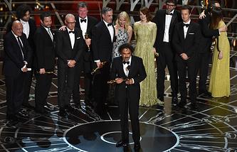 """Алехандро Иньярриту произносит речь после объявления в номинации """"Лучший фильм года"""""""