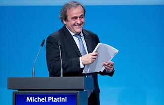 Мишель Платини во время конгресса УЕФА в Вене