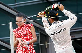 Льюис Хэмилтон после победы на Гран-при Китая