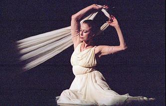 Майя Плисецкая на сцене Национального академический театра оперы и балета в Киеве, 1996 год