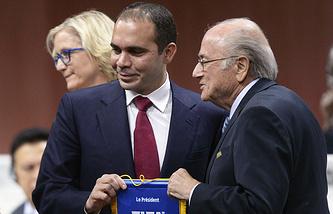 Принц Иордании Али бин аль-Хусейн и президент ФИФА Йозеф Блаттер