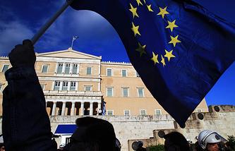 Здание парламента Греции в Афинах