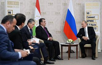 Встреча президента РФ Владимира Путина с президентом Таджикистана Эмомали Рахмоном