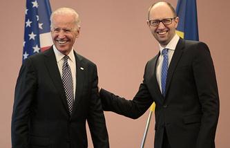 Вице-президент США Джозеф Байден и премьер-министр Украины Арсений Яценюк