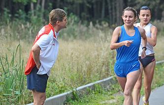 Виктор Чегин на тренировке спортсменов