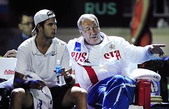 Карен Хачанов и президент Федерации тенниса России Шамиль Тарпищев