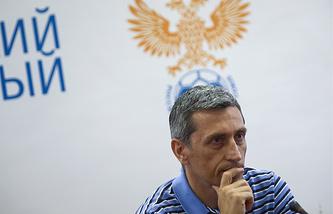 Старший тренер юношеской сборной России по футболу Дмитрий Хомуха