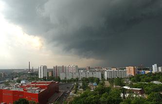 Гроза на севере Москвы