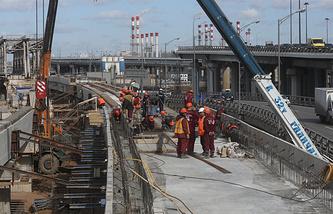 Строительство железнодорожной эстакады над путями Смоленского направления Малого кольца Московской железной дороги (МКЖД)