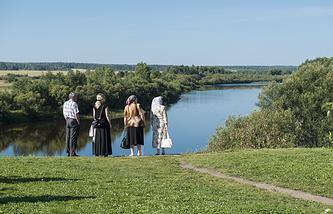 Река Тура на территории Ново-Тихвинского женского монастыря (город Верхотурье, Свердловская область)