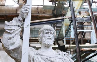 Модель памятника святому князю Владимиру