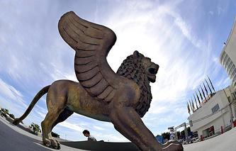 Статуя Золотого Льва Венецианского кинофестиваля