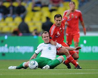 Эпизод из отборочного матча Евро-2012 между сборными России и Ирландии