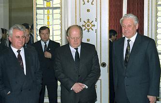 Леонид Кравчук, Станислав Шушкевич и Борис Ельцин