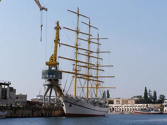 Снова на плаву: как возрождают легендарный Севастопольский морской завод