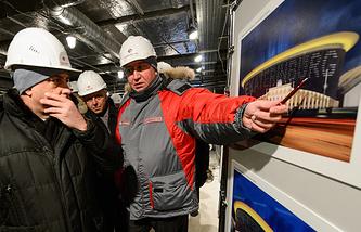 Вице-премьер РФ В.Мутко осмотрел строящийся Центральный стадион в Екатеринбурге
