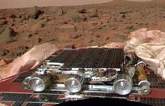 "Марсоход ""Соджорнер"" на Марсе, 4 июля 1997 года"