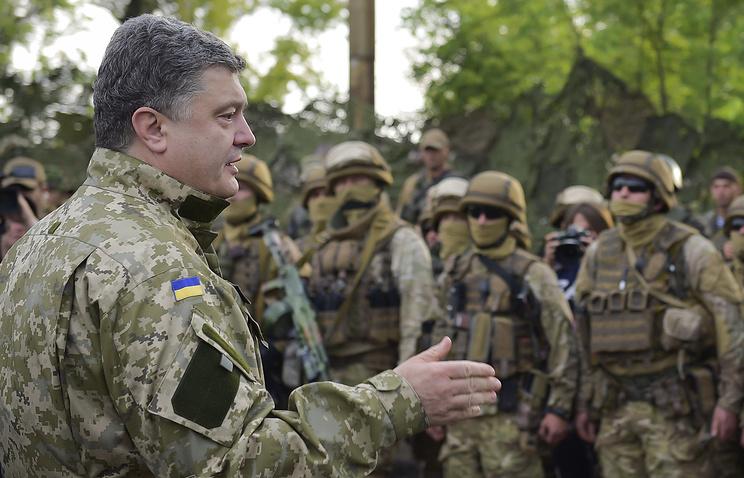 Petro Poroshenko during his visit to Sloviansk