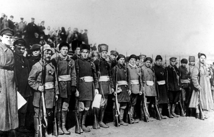 Полк перед отправкой на фронт. 1918 г.